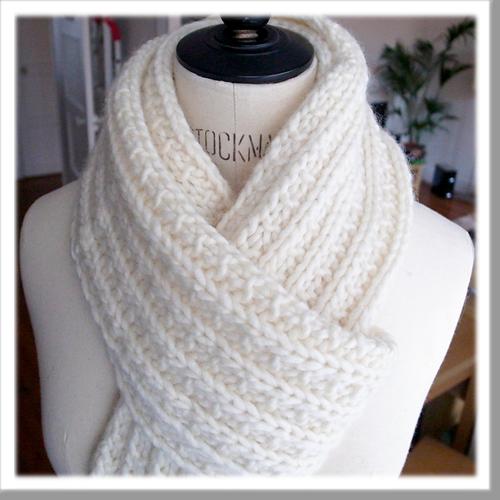 8 patrons gratuits et en français de foulards à faire au tricot ou au