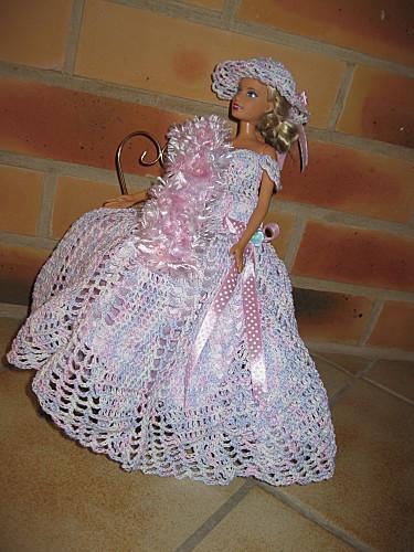 Patron gratuit robe barbie au crochet - Modeles de rideaux au crochet gratuits ...
