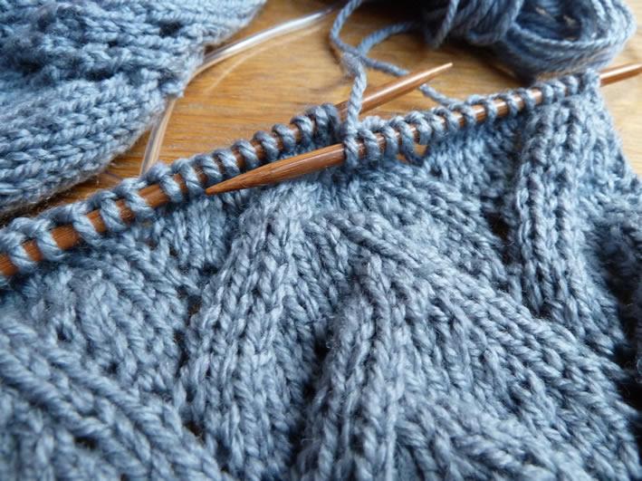 gros remise nouvelle arrivee le plus fiable Joli patron gratuit tricot echarpe